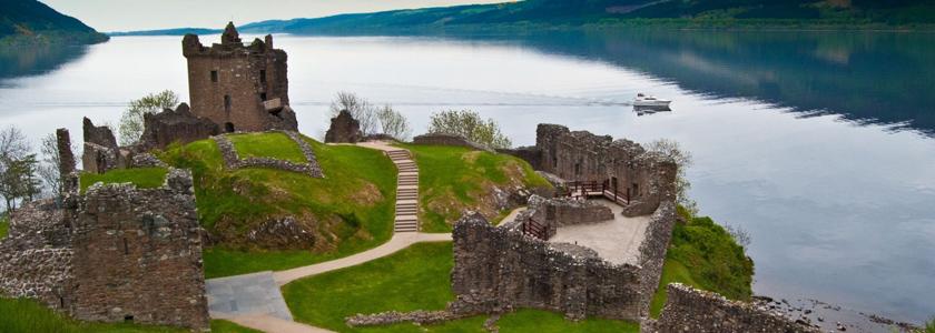 honeymoon in scotland castle